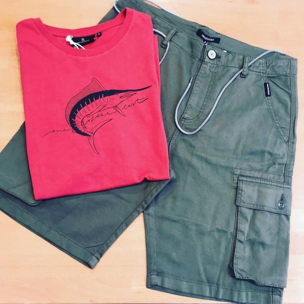 Nachhaltige-Mode-Maenner-T-Shirt-Cargo-Shorts-Oikos-rostock