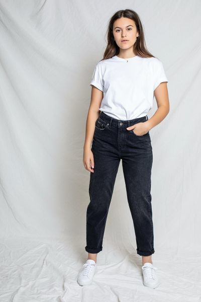 Kuyichi Nora Mom Jeans Loose-Tapered Schwarz Fairtrade